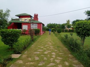 3 BHK house with garden and parking